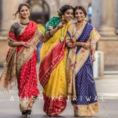The wedding season is here! Ready to rock the wedding season with the mesmerizing and stylish blouse designs? Not only the bride every girl wants to look at their ethnic best at weddings. Benarsi Saree, Lehenga, Anarkali, Kalamkari Saree, Indian Beauty Saree, Indian Sarees, Indische Sarees, Stylish Blouse Design, Traditional Sarees