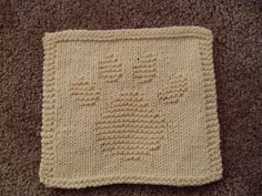 Pawprint Dishcloth by pfarfigknittin, via Flickr