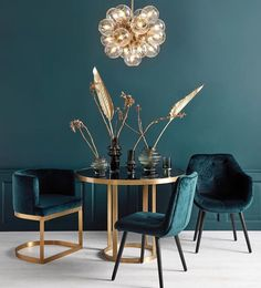 Moodboard Collection Deco Revival Interior Decor Trend for 2019 - TrendBook Trend Forecasting We talk here before about the trend of Art Déco. You can see that Art Deco's trend has a distinctive geometry, dense patterning, and a crazy taste for metals… Salon Art Deco, Art Deco Home, Art Deco Style, Art Deco Decor, Art Deco Design, Estilo Art Deco, Home Design, Home Interior Design, Interior Decorating
