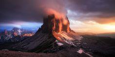 The Burning Peaks by Daniel Fleischhacker