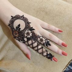 Circle Mehndi Designs, Floral Henna Designs, Latest Henna Designs, Finger Henna Designs, Back Hand Mehndi Designs, Stylish Mehndi Designs, Mehndi Designs Book, Mehndi Designs For Girls, Mehndi Designs For Beginners