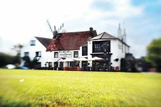 The Cricketers Inn, Meopham, Kent Mansions, House Styles, Home Decor, Decoration Home, Manor Houses, Room Decor, Villas, Mansion, Home Interior Design