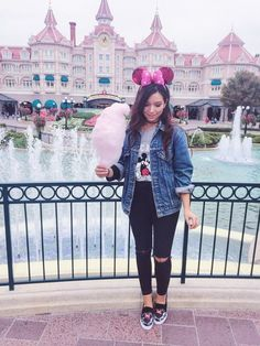 Disneyland Paris, Disneyland Paris 2017, Disneyland Paris Tips, Disneyland Paris secrets, Disneyland Paris Photography, Disneyland Paris Outfit, Disneyland Paris instagram, Disneyland Paris photos, Disneyland Paris photo ideas, disneyland hotel, pink, instagram inspiration, travel