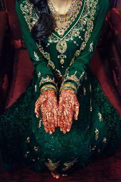 Farha Raza's Modern Fairytale Muslim Wedding   Bridal Henna