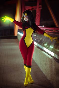 Spider-Woman Cosplay http://geekxgirls.com/article.php?ID=2723