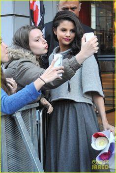 Selena Gomez Continues to Promote 'Revival' in Paris... - Selena Gomez Style