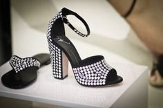Pictures of black and white - Giuseppe Zanotti shop window.jpg