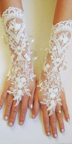 Long Ivory Wedding gloves bridal gloves lace gloves fingerless gloves ivory gloves french lace gloves free ship via Etsy Bridal Cuff, Bridal Lace, Lace Gloves, Fingerless Gloves, Wedding Gloves, Bride Gloves, Pearl And Lace, Ivory Wedding, Wedding Beach