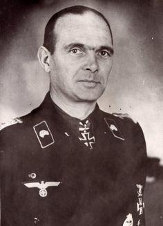 """Generalmajor Otto Büssing --- Kommandeur Panzer Regiment 39 / 17. Panzer Division. KIA (died from wounds Hauptverbandsplatz) on 8 March 1944 as Oberst and Kdr. Pz.Rgt. """"Großdeutschland""""."""