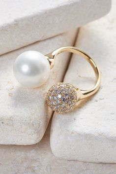 Melissa Crystal & Pearl Ring - White gold/ Rose gold/ Yellow gold plated dainty