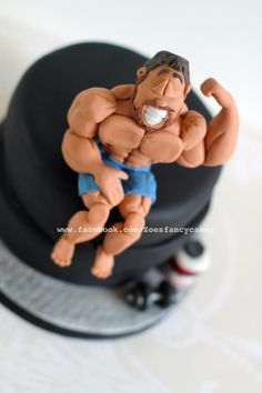 Body builder cake - Cake by Zoe's Fancy Cakes Fondant Toppers, Fondant Cakes, Cupcake Cakes, Body Builder Cake, Zoe Cake, Building Cake, Fitness Cake, Zoes Fancy Cakes, Bolo Fit