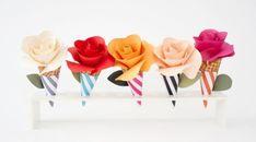 A sua casa ou a sua festa podem ganhar um item bem delicado e bem harmonioso para incrementar a decoração, que são flores de papel no cone, que podem