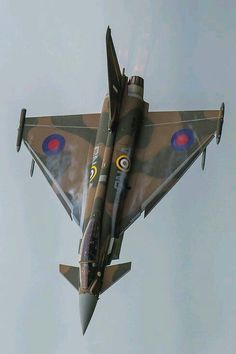 """Royal Air Force Eurofighter Typhoon in """"Battle of Britain Spitfire"""" livery Military Jets, Military Aircraft, Air Fighter, Fighter Jets, Reactor, Aircraft Photos, Fighter Aircraft, Airplane Fighter, Battle Of Britain"""
