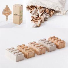 Más LEGO: Mokurokku Wooden Lego Blocks