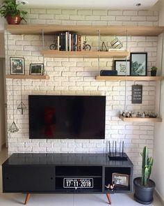 ✨ Essa parede já estava nos nossos planos há muito tempo. Living Room Tv, Living Room Interior, Home Interior Design, Home And Living, Living Room Designs, Diy Home Decor, Sweet Home, Ideas, Future