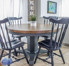 A round dining table makeover by Jenni of Roots and Wings Furniture. Find the most durable finish for a wood top dining room table in this post! Dining Table Makeover, Painted Kitchen Tables, Kitchen Table Makeover, Diy Dining Table, Refinishing Kitchen Tables, Round Kitchen Tables, Dining Sets, Dining Rooms, Kitchen Table Chairs