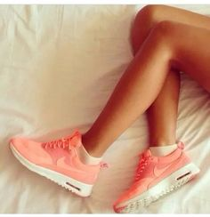 a1c81e8ce65a Nike Süße Schuhe, Schuhe Frauen, Flache Schuhe, Turnschuhe, Sportlich,  Handtaschen,