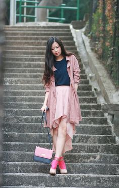 highlight your outfits with neon pink socks | mellowmayo.com | trench from seoul, skirt from allied plaza, bag from laurustinus applemall tin hau, heels from celine, socks from H&M
