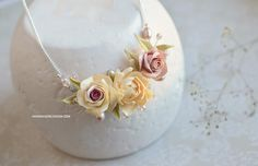 Ivory flowers necklace, Wedding beige flowers jewelry, Bridal accessories, Dusty roses pendant, Beige necklace, Natural pearls