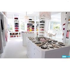 Bravo reality star Lisa Vanderpump's walk in closet. Just beautiful! @lisavanderpump#InstaFullsize #text2pic #love #instagood #instext #photooftheday #instamood #cute #summer #picoftheday #girl #instadaily #instagramhub #beautiful #iphoneonly #bestoftheday #igdaily #sky #follow #nofilter #happy #fashion #sun... - Interior Design Ideas, Interior Decor and Designs, Home Design Inspiration, Room Design Ideas, Interior Decorating, Furniture And Accessories