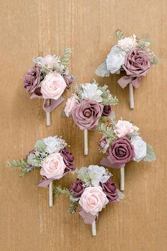 Simple Wedding Bouquets, Bridesmaid Flowers, Flower Bouquet Wedding, Diy Bouquet, Pink Flower Bouquet, Bridal Bouquet Pink, Spring Wedding Flowers, Bridal Flowers, Spring Wedding Themes