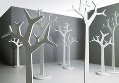 diy tree-could be altered to use at craft show, make limbs different for hanging purses,etc, add hooks at various spots on limbs, etc
