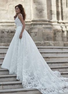 888254c8d7c9  VenereDiBerenice  Venere  Berenice  atelier  abiti  dress  moda   matrimonio  sposa  bride  tuttosposi  fiera  wedding  campania