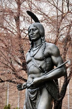 Cheap Greek Statues For Sale # Native American Warrior, American Spirit, Native American Tribes, Native American History, American Indians, Native American Pictures, Native American Artwork, Native American Pottery, Pierre Brice