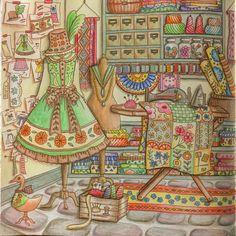 やっと完成! 何日もかけてちょっとずっと塗ったからごちゃごちゃしてしまった(ー ー;) #ロマンティックカントリー2 #おとなの塗り絵#マダムモリーの洋品店 #ロマンティックカントリー #eriy#r - hikaru.akiyama