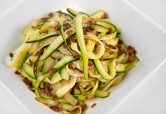 Zoodle Fettucini - only 4 ingredients! (low-carb, THM - S) Paleo Recipes, Low Carb Recipes, Cooking Recipes, Cooking Ideas, Low Carb Side Dishes, Main Dishes, Low Carb Vegetables, Spiralizer Recipes, Pasta