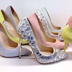 This Pin was discovered by Fatima Glitter. Discover (and save!) your own Pins on Pinterest. | See more about pastel fashion, jimmy choo and frostings.