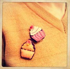 Carla9-hademade Felt crafts/ felt accessories/felt brooch