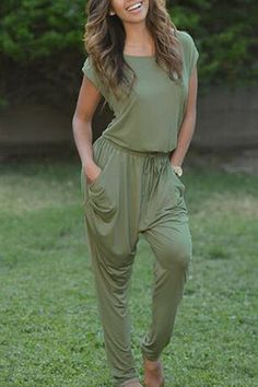Scoop Collar Short Sleeve Pure Color Backless Women's Jumpsuit
