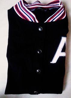 Kup mój przedmiot na #vintedpl http://www.vinted.pl/damska-odziez/bluzy/10660116-bialo-czarna-bejsbolowka-bluza-rozmiar-s