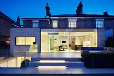 Studio Octopi adds glass-fronted extension to White Lodge house in London Architecture Résidentielle, Contemporary Architecture, Glass House Design, Victorian Terrace, Georgian Homes, London House, Architect House, House Extensions, Building A House