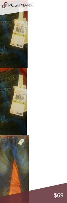 NWT Michael Kors Jeans NWT. Beautifyl Michael Kors Vintage Wash Jeans. Size 4 Inseam 26 inch Michael Kors Pants Straight Leg