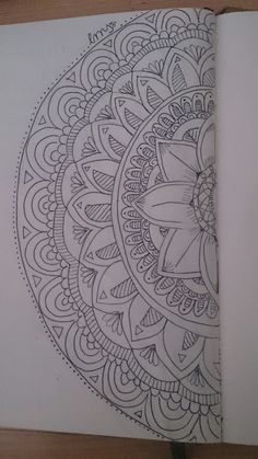 Instagram:misdibujoslms  #mandala #flower #zentangle #drawing #draw #dibujo #pencil #inspiration #dibujo