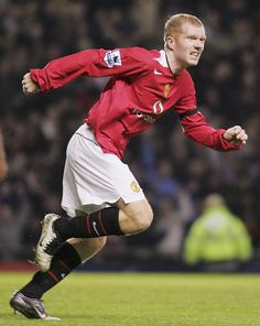 Paul Scholes of Manchester United celebrates scoring the first goal. Manchester United Old Trafford, Manchester United Football, Manchester England, Salford, Man United, Portsmouth, Football Team, Scores, The Unit