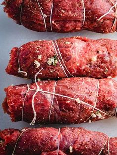 Beef Braciole Italian Beef Braciole recipe process after being rolled up and tied together.Italian Beef Braciole recipe process after being rolled up and tied together. Top Recipes, Meat Recipes, Gourmet Recipes, Cooking Recipes, Healthy Recipes, Mexican Food Recipes, Cinnamon Recipes, Apple Cinnamon, Sausage Recipes