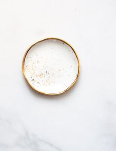 Ring Dish in White with Gold Splatters and Gold Rim – Suite One Studio