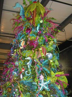 Today's themed Christmas tree feature is Under the Sea. I only took two pictures of this designer tree, so I'll show you another tree I s. Tropical Christmas Trees, Nautical Christmas, Beautiful Christmas Trees, Christmas Tree Themes, Xmas Tree, Winter Christmas, Christmas Ideas, Christmas 2019, Funny Christmas Tree