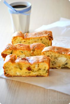 Sausage and feta savoury cake Greek Cooking, Easy Cooking, Snack Recipes, Dessert Recipes, Cooking Recipes, Cooking Cake, Appetisers, Savoury Cake, Greek Recipes
