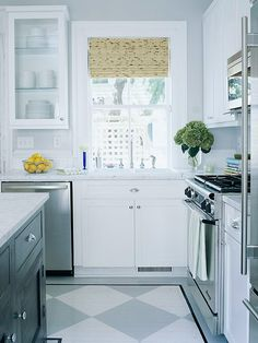 Make a small kitchen look larger - Stretch the Floor Space