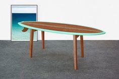 Mesa de café tabla de surf / Mesa tabla de surf / por MonoculoShop