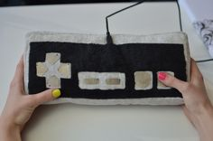 Make a Fully Functional Plush Game Controller (with Flora and conductive fabric!)