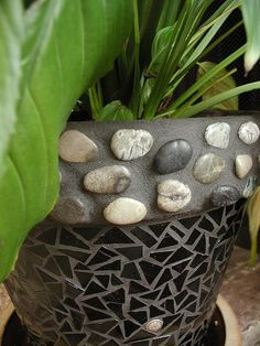 love the border effect with the raised stones