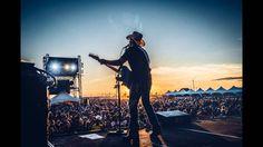 Brad Paisley - Officially Alive [Radio Edit]