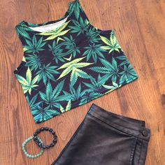 Weed Leaf Cropped Festival Tank never worn before cropped stretchy tank top Tops Tank Tops