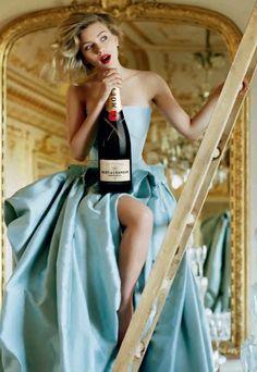 """Moet et Chandon. www.LiquorList.com """"The Marketplace for Adults with Taste!"""" @LiquorListcom #LiquorList"""