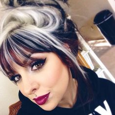 Love her hair also ! Final look! Lips are MAC rebel with nightmoth liner and used new Contour kit on mahhhhh faaaaaceeee (obsessed) Love Hair, Gorgeous Hair, Cool Hair Color, Hair Highlights, Color Highlights, Hair Today, Hair Dos, Hair Hacks, Pretty Hairstyles
